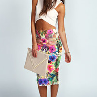 Talia Tropical Print Pencil Skirt In Scuba
