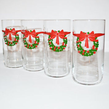 Vintage Christmas Tumblers Christmas Glasses Set of 4 Glasses with Red Bow and Christmas Wreath Drinking Glasses Red and Green Glasses