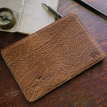 Bison Field Notes Travel Wallet - Tumbled Tan