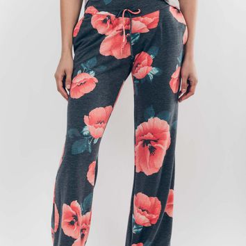 Get Loungy Floral Pants in Grey