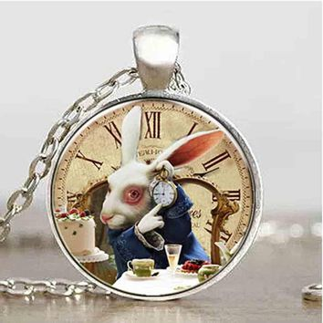 US Movie Alice In Wonderland Rabbet watch time new Pendant charm Steampunk Necklace doctor who 1pcs/lot women mens vintage chain
