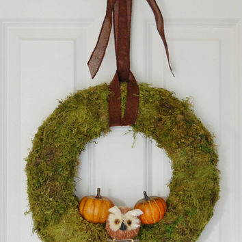Moss Wreath with Owl and Pumpkins, Front Door Wreath, Fall Wreath, Autumn Wreath, Halloween, Thanksgiving