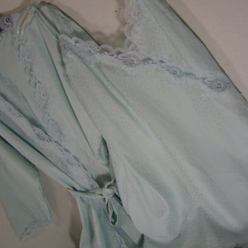 Miss Elaine  Sleepwear Set  Short Robe  and Chemise Nightgown In a Iced Blue Honeymoon Resort Cruise Wear