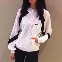 Nike Women Favorite Hooded Mesh-Sleeve Sweatshirt Jacket Coat Windbreaker Sportswear