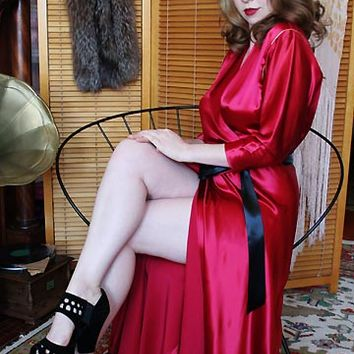 50s Vintage Evelyn Pearson Scarlet Satin Dressing Gown