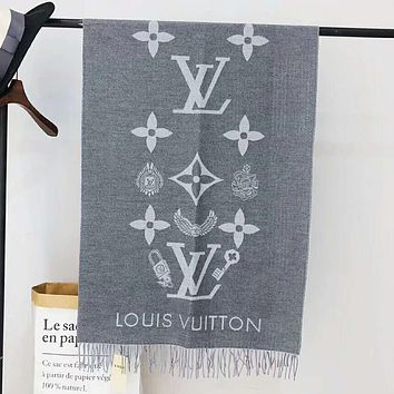 Louis Vuitton LV Autumn And Winter New Fashion Monogram Letter Print Women Keep Warm Scarf Tassel Gray
