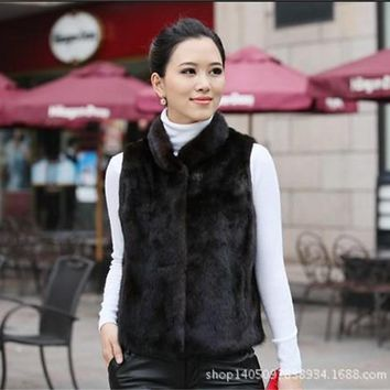 2016 New Rabbit short coat lady warm autumn winter fashion women faux fur collar jacket Slim black white waistcoat female vest
