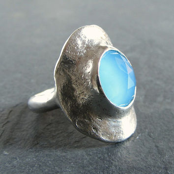Sterling silver and blue chalcedony statement ring // blue gemstone ring / silver ring / unique ring / rustic ring / designer ring