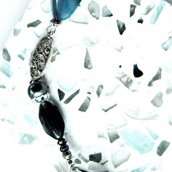 Silver Blue Keychain, Beaded Handbag Charm, Zipper Pull, Clip On Charm, Chunky Bead Key Ring, Gift Idea Women, Recycled Jewelry, Key Holder