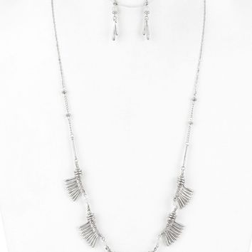 White Hammered Metal Fringe Long Chain Necklace And Earring Set