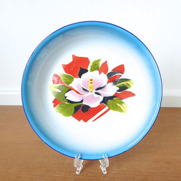 Blue rimmed enamel floral bowl in excellent condition, made in People's Republic of China