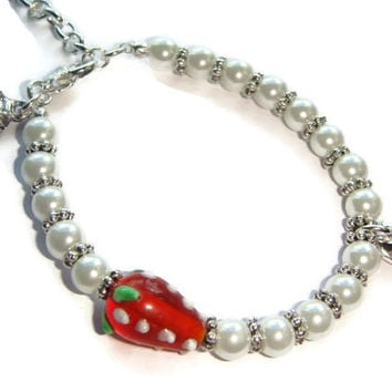 Big Sister or Lil Sister Bracelet, Strawberry Bracelet, Pearl Beaded Bracelet, Sibling Jewellery, New Baby Jewelry, Little Sister Gift