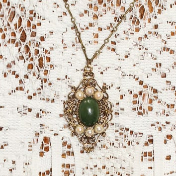 Vintage Victorian Style Necklace In Antique Brass Finish With Green Center Stone And Accent Pearls