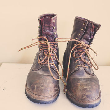 Red Wing  Boots Brown Leather  Distressed Construction Steel Toed Boots Men's  Redwing ANSI Z41 PT91 MI 75C/75