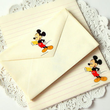 Vintage Mickey Mouse Stationery. Walt Disney. Stationery Set. Lined Writing Paper. Blank Stationery. Envelopes. Journal Paper. Note Paper.