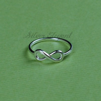 Inifinity Ring - Eternity Promise - Anniversary Presents - Perfect Gift