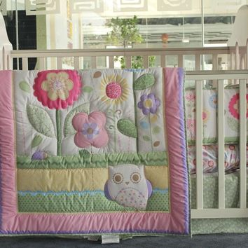 Muslin Bear Pretty Warm 3 Items Pink Embroidery Baby Bedding Set Beautiful Flowers Crib Bedding Baby Quilt+Bumper+Mattress Cover
