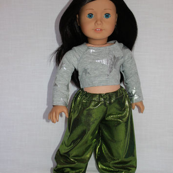 18 inch doll clothes, Harem, dance, shiny, green yoga pants, and grey crop top with silver stars, american girl, maplelea