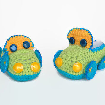 Crochet Baby booties/ slippers/ loafers/ clogs/ cleats/ sneakers/ moccasins/ boat shoes/ footgear for boys, car, size 0/6 months