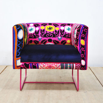 Suzani box armchair - pink rose