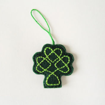 St Patrick's Day felt decoration, embroidered celtic knot, Shamrock ornament, green clover, Ireland, gift idea