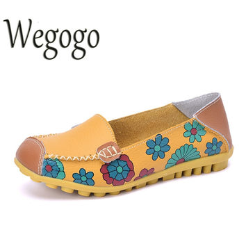 Vintage Women Flats Leather Shoes Moccasins Loafers Girls Breathable Outdoor Cow Muscle Outsole Floral Flat Shoes