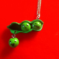 Sweet PEA IN A POD Necklace, Disney Toy Story 3, Kawaii Kitsch Emoticons Funny Faces Peas