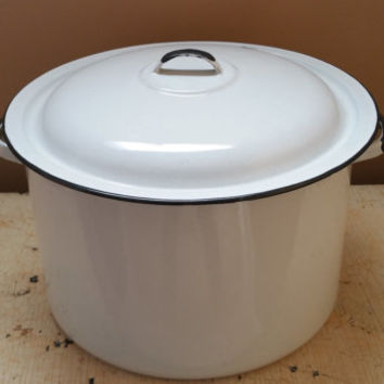 Large White Enamelware Stock Pot Black Trim Camping Pot Lidded Pot