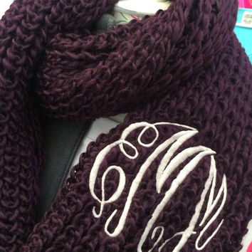 Chunky Plum Infinity Scarf Monogram Font shown MASTER CIRCLE in ivory