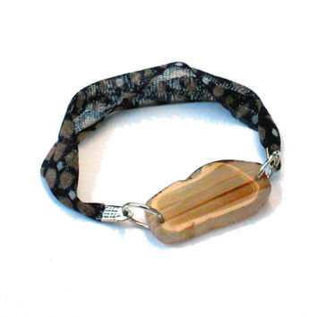 Fabric friendship bracelet with beige druzy agate - One of a kind textile jewel from Bfriend collection