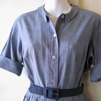 1960s Vintage Light Denim Blue Shirtdress; Schoolgirl Style with Small Peter Pan Collar; Women's Medium; Fit & Flare Blue Below-Knee  Dress