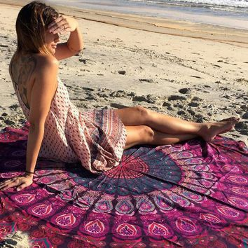 Round Beach Towel Throw Tapestry Hippy Gypsy Tablecloth Bath Towel New Bohemian Wind Square Beach Towel
