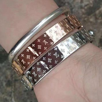 LV Louis Vuitton Fashion Ladies Men High End Stainless Steel Bracelet Accessories Jewelry I/A