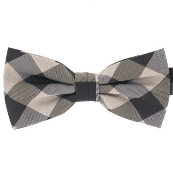 Tok Tok Designs Baby Bow Tie for 14 Months or Up (BK425)
