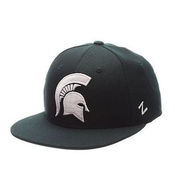 Licensed Michigan State Spartans NCAA M15 Size 7 1/2 Fitted Hat Cap by Zephyr 087923 KO_19_1