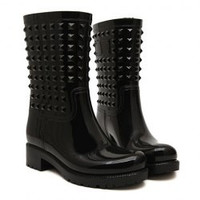 Trendy Solid Color and Rivets Design Women's Rain Boots