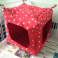 Large Hang up Cube House Suitable for guinea pigs, chinchillas, large rats
