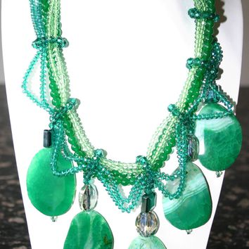 Divine Handcrafted Crystal Chunky Emerald-Green Agate Gemstone Necklace