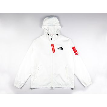 Supreme x The North Face co-branded men and women couples tide jacket coat F-A-KSFZ White
