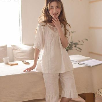 DCCKU62 RenYvtil 2017 Summer Sleep Lounge Sweet Girls Princess Pajamas Sexy Cotton Women Nightgowns With Lace Home Half Sleeve VIVIO