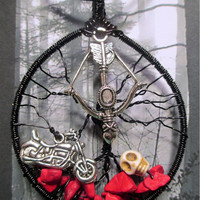 Wire Wrapped Daryl Dixon The Walking Dead Tree Of Life With Crossbow Motorcycle Charms Howlite Skull And Red Chalk Chips OOAK