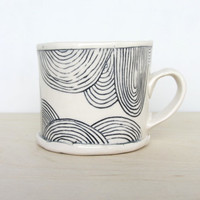 Ceramic Patterned Short Mug in Black and White