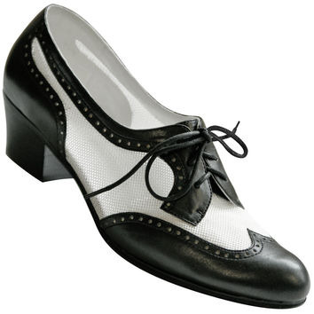 Aris Allen Women's Black and White 1950s Mesh Wingtip Swing Shoes