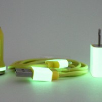 Glow in the Dark iPhone Charger - Yellow High Gloss