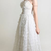 Vintage 1950s Wedding Dress - Strapless Pure White Ruffle Lace Dress - Small
