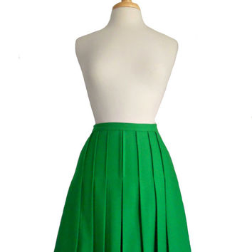 Vintage Skirt Green Pleated Wool Mini Skirt Bright Kelly Green Bobbie Brooks - Union Made  Size 9