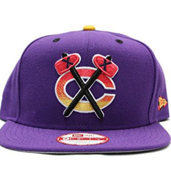 New Era Chicago Blackhawks Snapback in Purple with Grey Bottom
