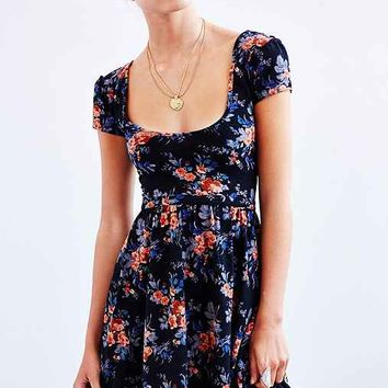Kimchi Blue Autumn Cap-Sleeve Skater Dress-