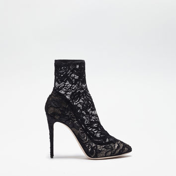Women's Runway Collection SS 2017: highlights | Dolce&Gabbana - PUMPS WITH LACE SOCKS