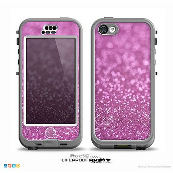 The Pink Unfocused Glimmer Skin for the iPhone 5c nüüd LifeProof Case